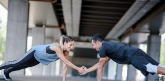 19.03._Partner-exercises_Thumbnail-1-800x510